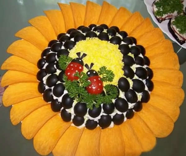 Рецепт салата подсолнух с чипсами пошаговый рецепт