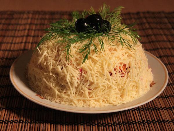 салат блинный