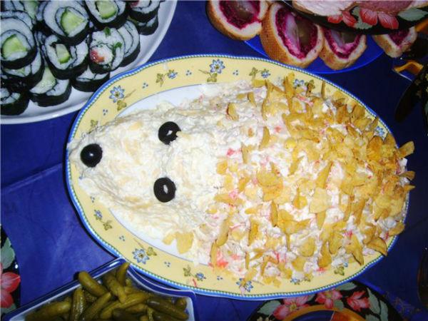 Салат ежик с кукурузой