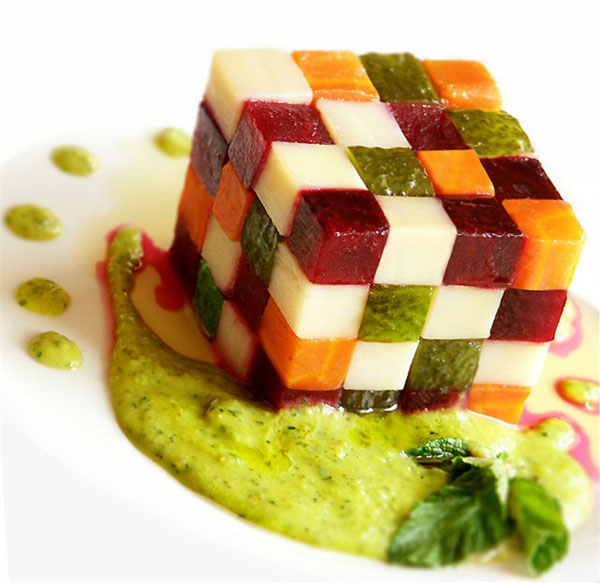 кубик-рубик из салата