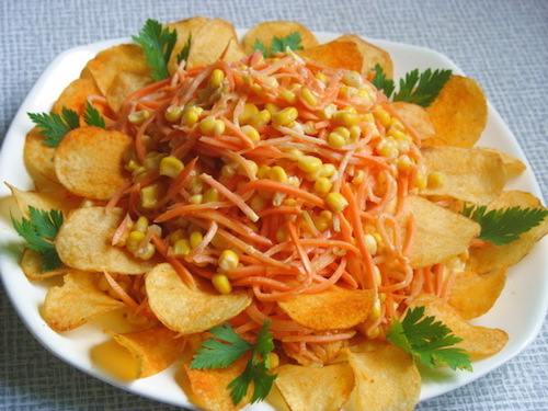 Как сделать салат парус с чипсами рецепт
