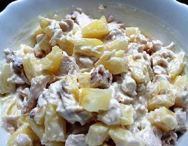 курица ананас грибы сыр салат