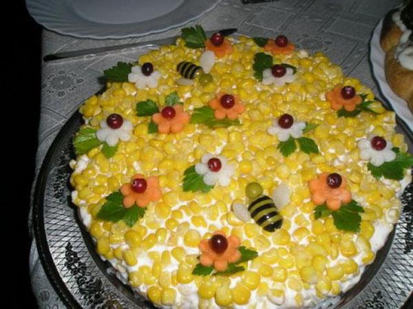 Цветочная поляна салат